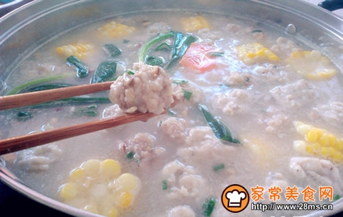 浓汤宝肉丸火锅