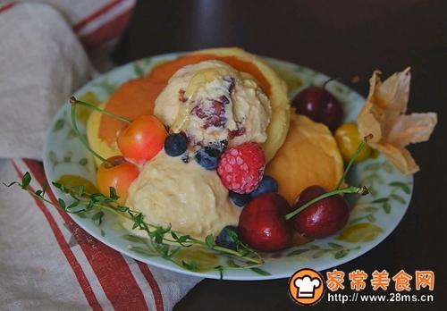 舒芙蕾松饼配水果冰淇淋的做法图解9