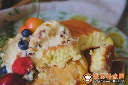 舒芙蕾松饼配水果冰淇淋的做法图解10