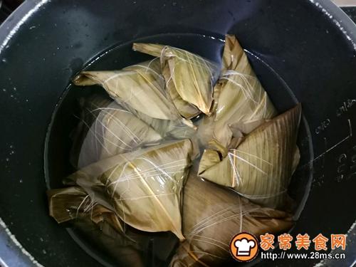 十二谷米叉烧粽的做法图解9