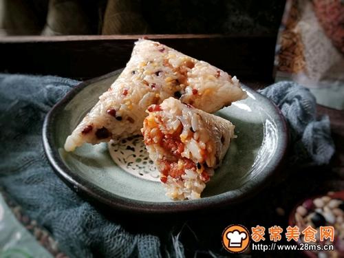 十二谷米叉烧粽的做法图解10