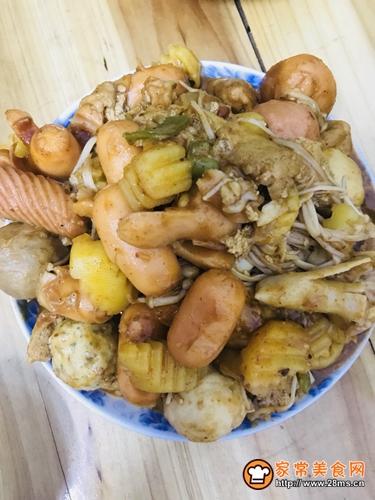 土豆炒丸子的做法图解4