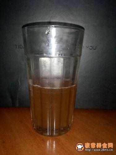 (史上最简单)香醇丝滑奶茶的做法图解1