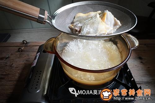 莫家码头:雪菜黄鱼面的做法图解11