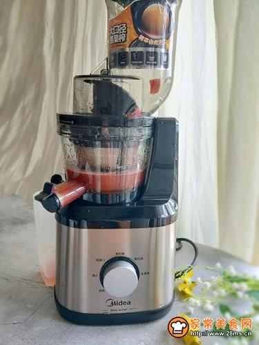 营养美味西红柿汁的做法图解5