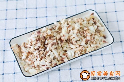 无奶油简易蘑菇汤的做法图解2