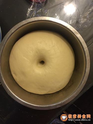奶香叉烧包的做法图解2