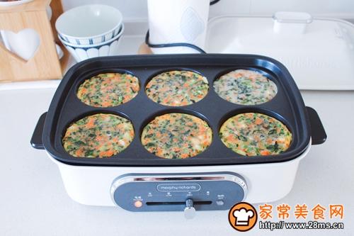 菠菜胡萝卜香葱鸡蛋饼的做法图解5