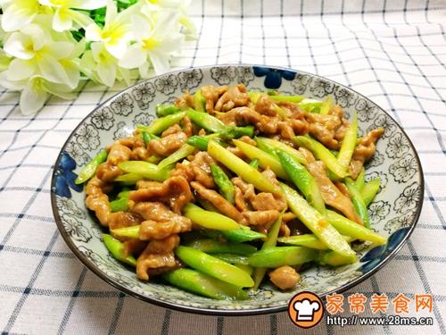 芦笋炒肉的做法图解9