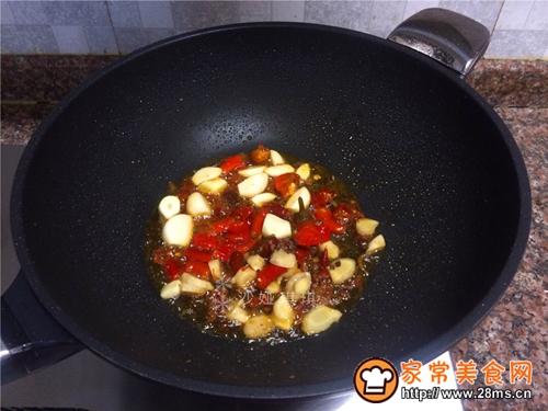 泡椒大蒜烧肚条的做法图解6