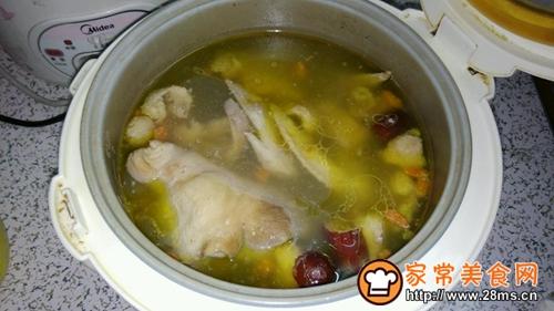 猪肚鸡汤的做法图解3