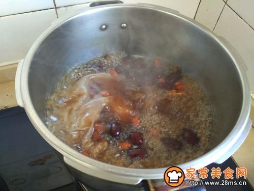 养胃红枣猪肚汤的做法图解8