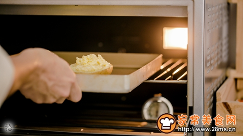 奶酪银鱼土豆船的做法图松14
