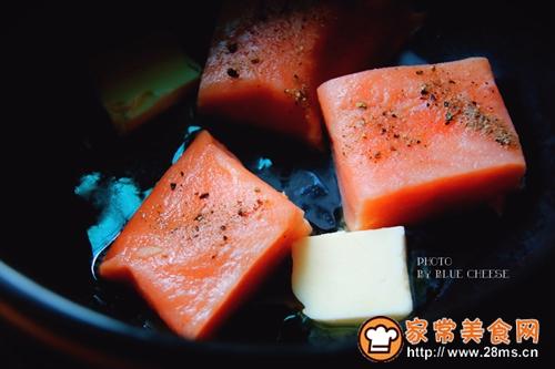 奶油三文鱼味噌汤锅的做法图解2
