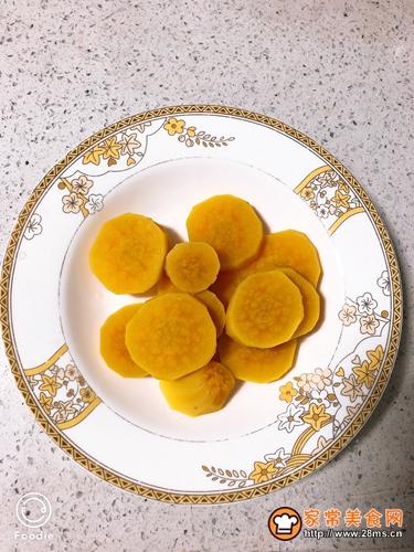 蜜汁红薯糍粑的做法图解2