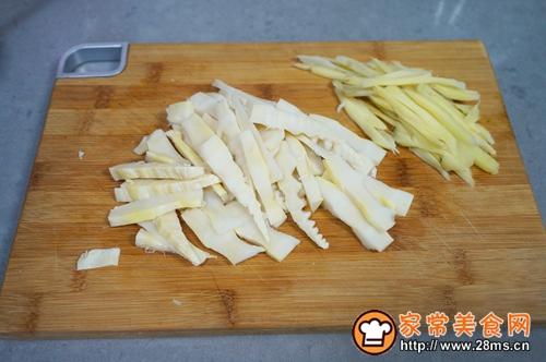 干锅酸笋腊肉的做法图解4