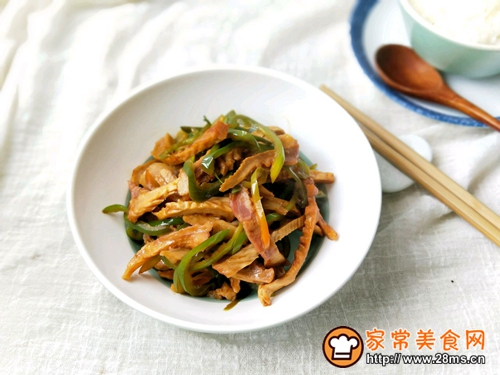 咸肉青椒炒笋干的做法图解10