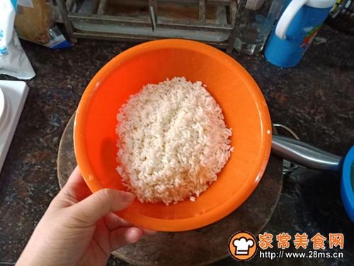 生炒糯米饭的做法图解4