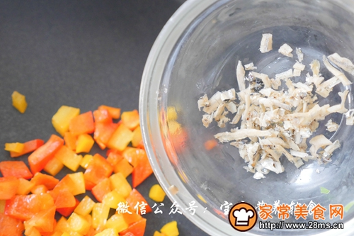 宝宝辅食-快手丁香鱼炒饭的做法图解7