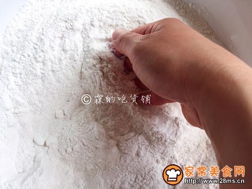#年味十足的中式面点#双色豆沙小松糕的做法图解3