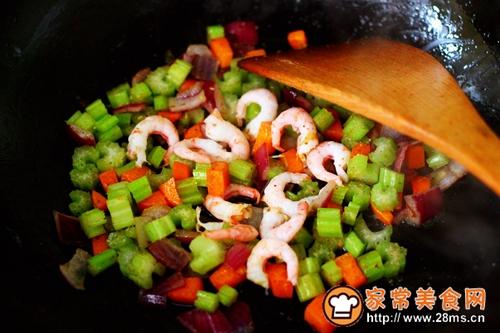 #多力金牌大厨带回家-北京站#虾仁芹菜蛋炒饭的做法图解11