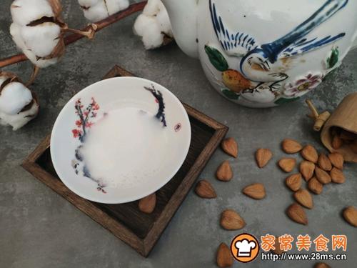 【新年特饮】百合杏仁露的做法图解5