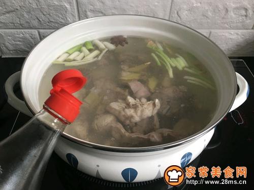 椰香粉条兔肉锅的做法图解5