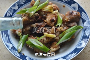秦味黄焖鸡的做法步骤:8
