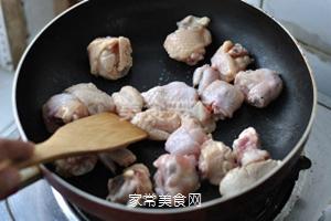 无油香菇栗子鸡的做法步骤:6
