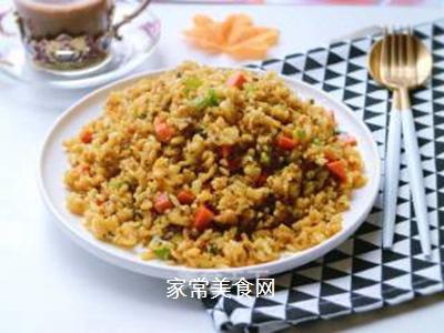 咖喱榨菜蛋炒饭的做法步骤:10