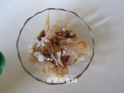青椒榨菜干子炒鸡丝的做法步骤:2