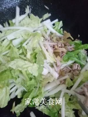 白菜榨菜炒肉片的做法步骤:5