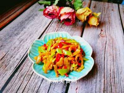 青红椒拌榨菜丝的做法步骤:4