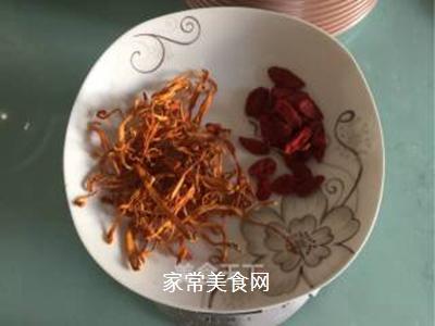 虫草花咸豆浆#秋季滋阴润肺#的做法步骤:1