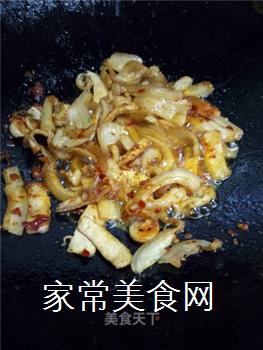 如何炒出好吃的四川回锅肉?的做法步骤:9