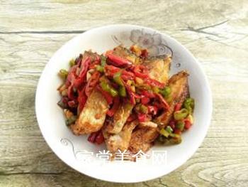 双椒豆瓣边鱼块的做法步骤:14