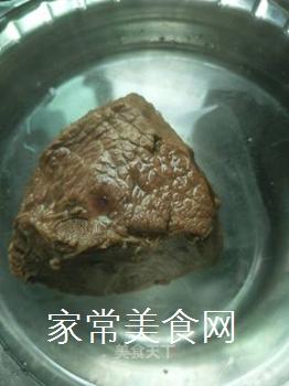 草包牛肉的做法步骤:4