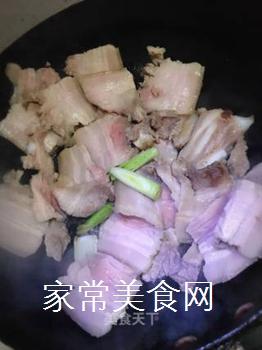 回锅肉的做法步骤:4