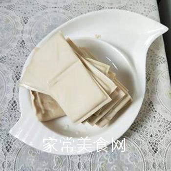 麻辣水煮豆腐的做法步骤:2
