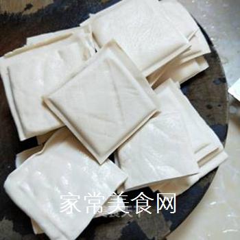 麻辣水煮豆腐的做法步骤:3
