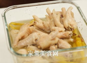 泡椒凤爪的家常做法的做法步骤:8