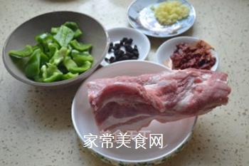 川味盐煎肉的做法步骤:1