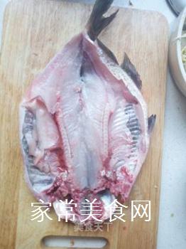 创新水煮鱼的做法步骤:1