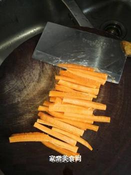 海鲜腊肠寿司的做法步骤:2