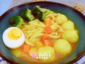 日式咖喱鱼丸乌冬面的做法步骤:9