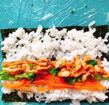 三文鱼海苔卷的做法步骤:7