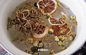 健康饮品---金银双花茶的做法步骤:2