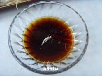 清蒸鲈鱼的做法步骤:7