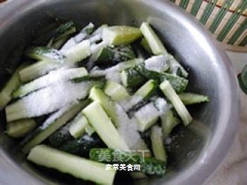 腌黄瓜的做法步骤:3