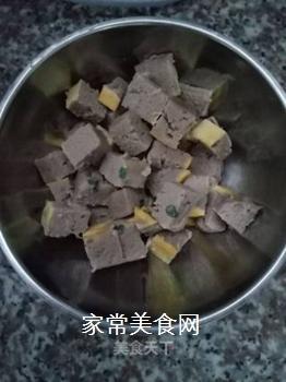 肉末南瓜酱软饭的做法步骤:2